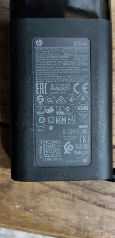 官方原装65Wtype c充电