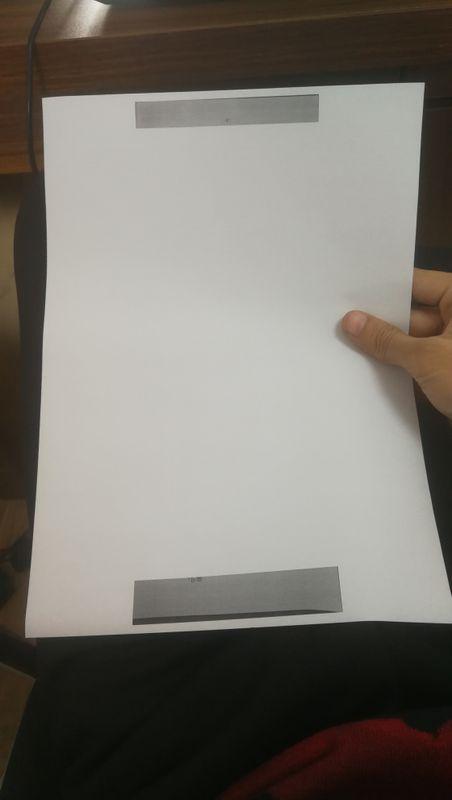 这是批量打印出来的  中间95%区域都是空白