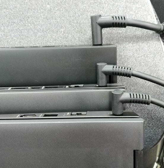 电源适配器插头.jpg
